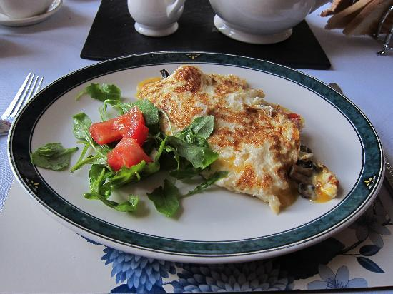 Ivythwaite Lodge : ある日の朝食です(オムレツ)。
