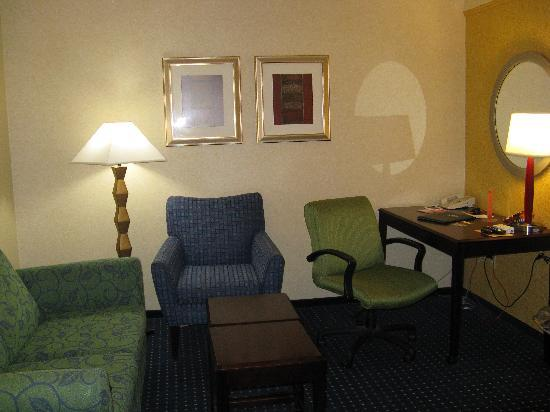 SpringHill Suites Billings: Living area