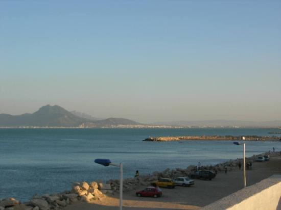 Palm Hotel : La baie de Tunis depuis notre terrasse