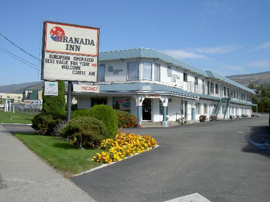 Granada Inn : 19 airconditioned units with Fridges & D.D. phones, Cable TV