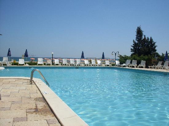 Hotel Dobrotitsa: La piscine