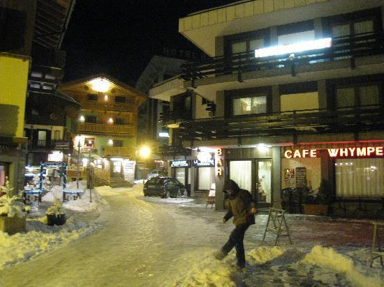 Hotel Meynet : Entrance