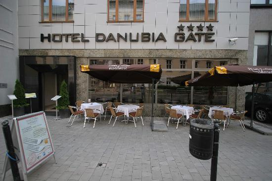 Front of the hotel picture of hotel danubia gate for Hotel design 21 bratislava