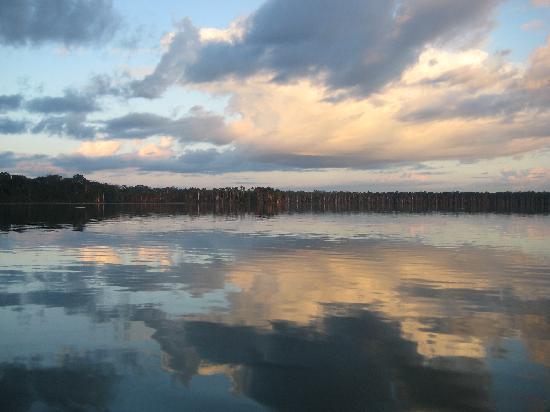Sandoval Lake Lodge: Sandoval sunrise