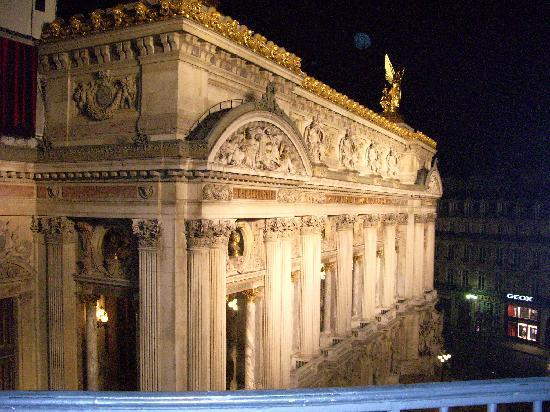 InterContinental Paris Le Grand: Night View from 4122