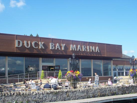 Duck Bay Marina Hotel