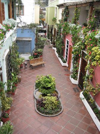 Hostal El Patio: Lovely courtyard