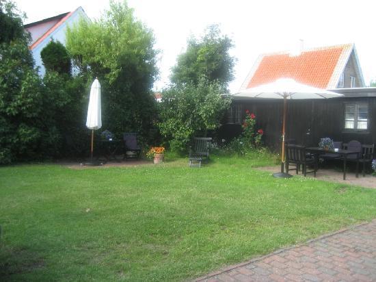 Badepension Marienlund : Garten mit Sitzecke