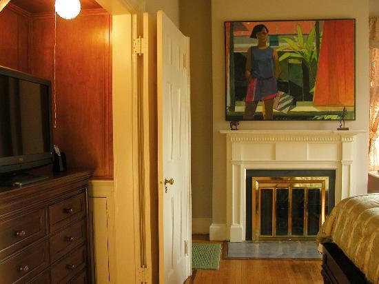 Chrystie House Bed and Breakfast: CJ Slocum Room