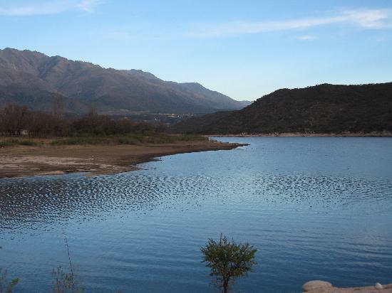Casa Coqui en Hacienda la Borinquena: The Lake