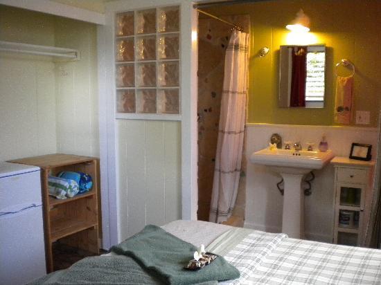 Nalu Kai Lodge: The Room