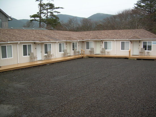 Rockaway Beach, OR: Motel Exterior