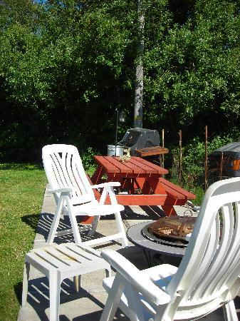 Sea Haven Motel: Patio, Gas BBQ, Fire Pit, Crab Cooker