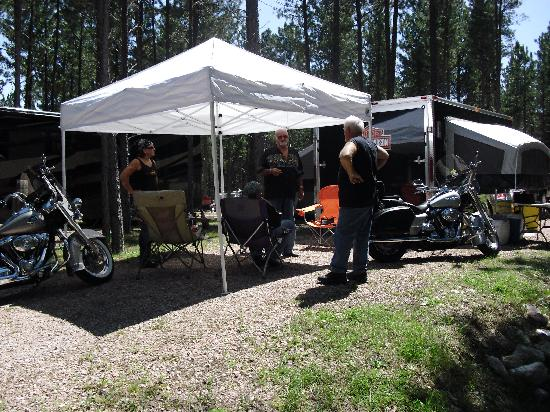 Fort Welikit Family Campground: The Bike Garage