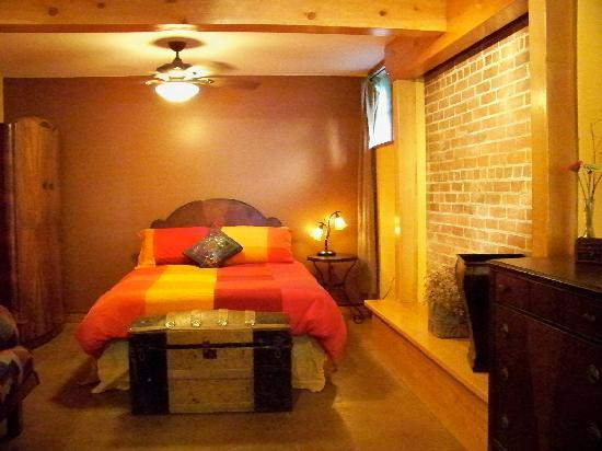 Mistiso's Place Vacation Rentals: Purcell Guest Suite