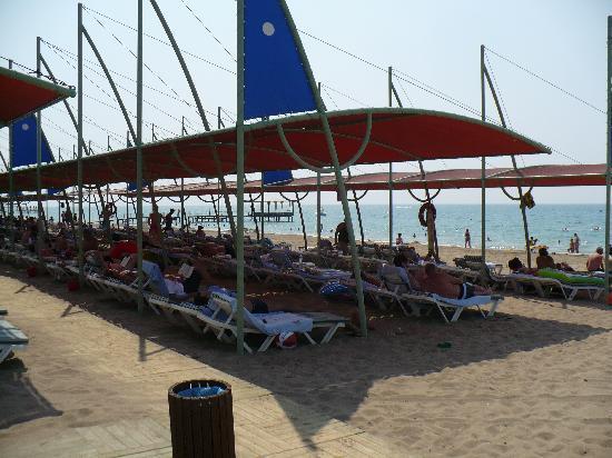 Limak Arcadia Golf & Sport Resort: coté mer