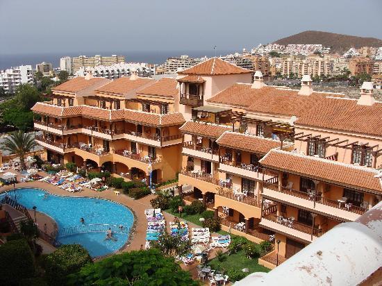 أبارتامينتوس برايمسيليكت لوس أليسيوس: hotel et piscine