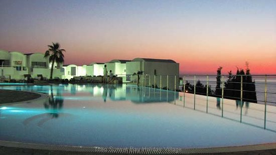 Kissonerga, Cyprus: Theo.Sunset Bay Holiday Village