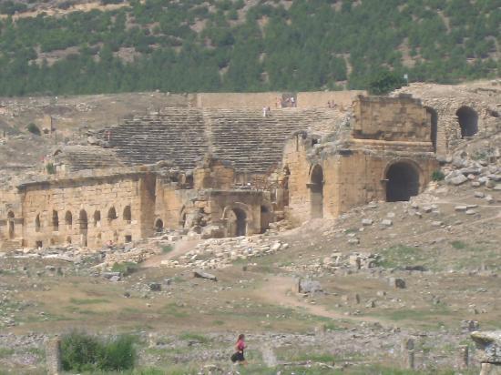 Hierapolis & Pamukkale: 7/2010hiérapolis