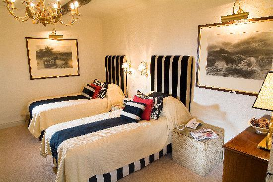 The Rose & Crown: Main House Bedroom