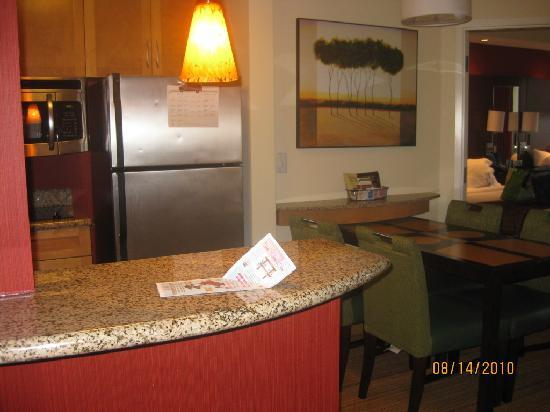 Residence Inn Norfolk Downtown: The kitchen area-1 bedroom suite