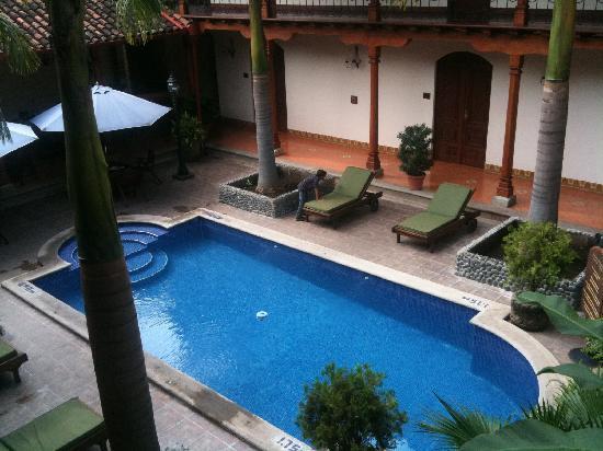 Hotel Plaza Colon : Hotel pool
