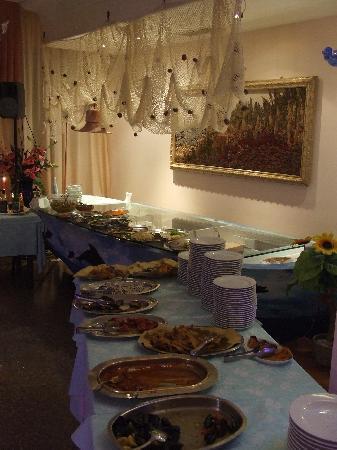 Hotel La Maestra: antipasti self service