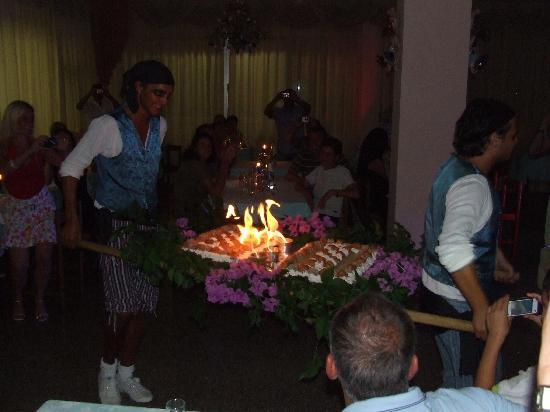 "Hotel La Maestra: dessert ""caliente"" :)"