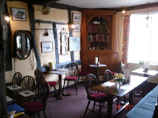 Ye Olde Bell & Steelyard: Weighman's Lounge