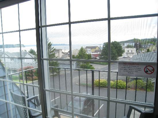 The Coupeville Inn: our balcony and view
