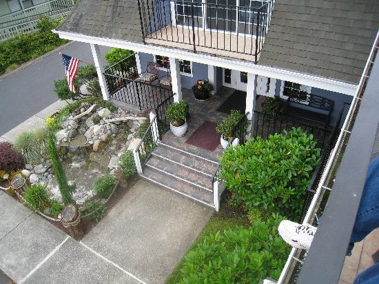 The Coupeville Inn: front entrance and the pond we listened to that night how relaxing