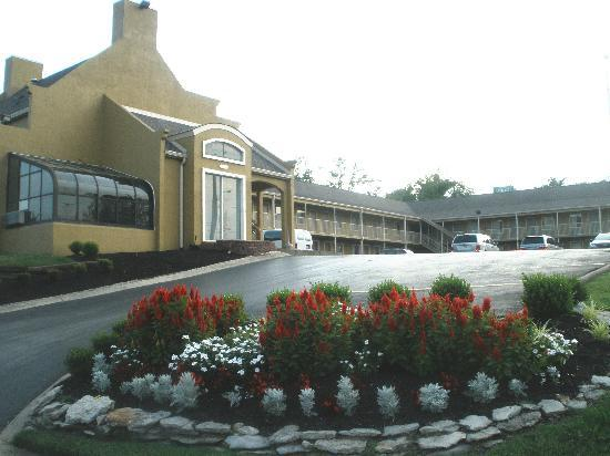 Antioch Quarters Inn & Suites