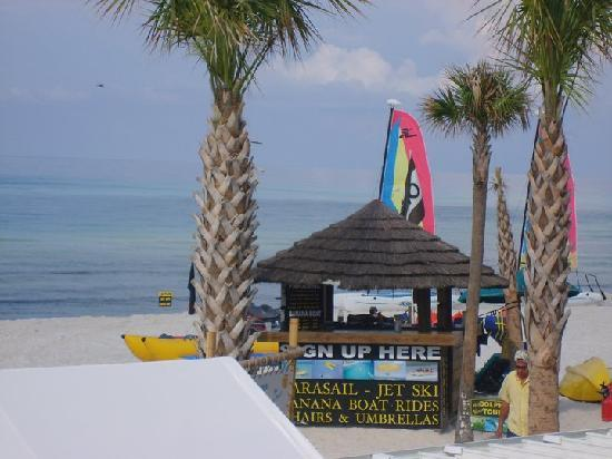 The Sandpiper Beacon Beach Resort : So much to do right outside your door!