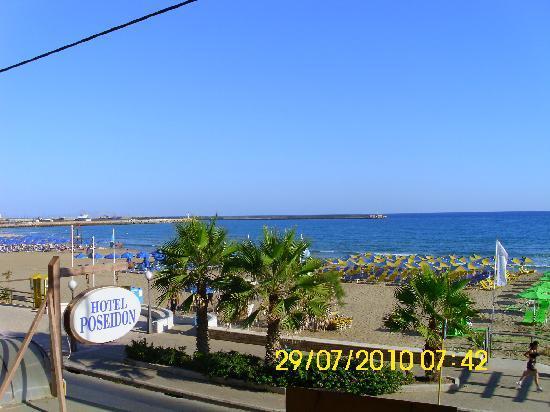 Hotel Poseidon: Vista dalla nostra camera