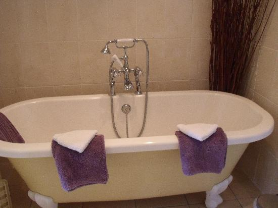 The Old Rectory Bed and Breakfast : Bathroom