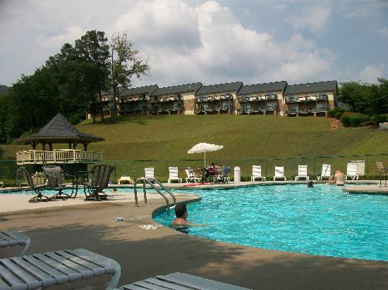 Kingwood Country Club & Resort: View from pool!
