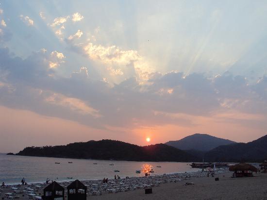 Club Belcekiz Beach Hotel: beach