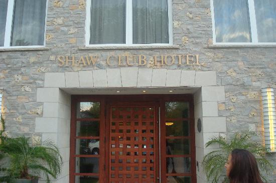 Shaw Club Hotel: Front Enterance