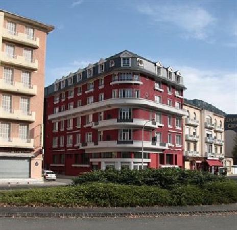 Appart'Hôtel Odalys Lorda : Extérieur de l'hôtel
