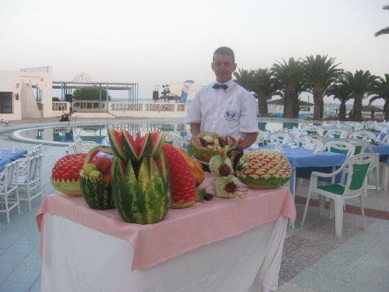 Hotel Club Les Colombes: diner du 14 JUILLET 2010