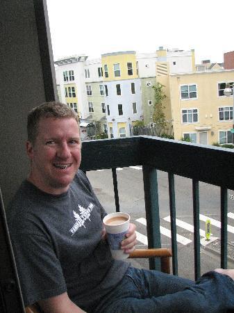 Columbus Motor Inn : Morning on the balcony