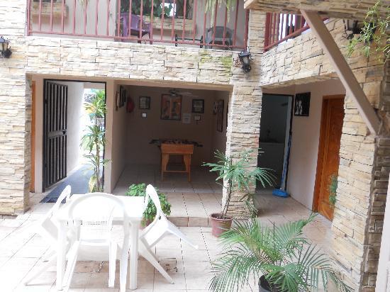 Villa Prats Hotel: Patio