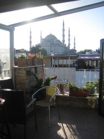 Romantic Hotel Istanbul: View from top 2