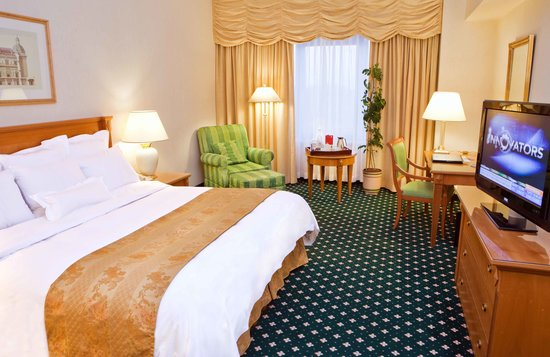 JW Marriott Bucharest Grand Hotel: Largest 5* Guest rooms in Bucharest in JW Marriott Grand hotel.