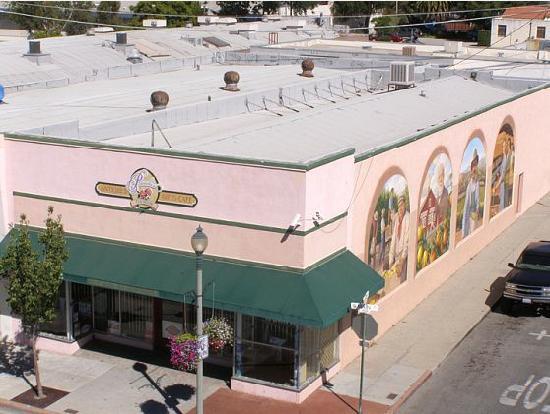 Santa Paula Inn: Charming!