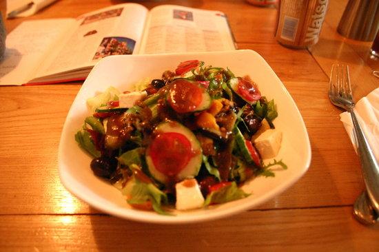 Vineyard Cafe: Greek Salad