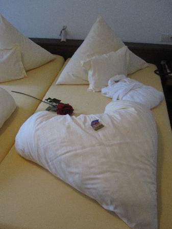 Hotel Längenfelder Hof: A cute surprise when we arrived