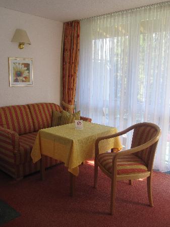 Belchenhotel Jägerstüble: extra sitting area