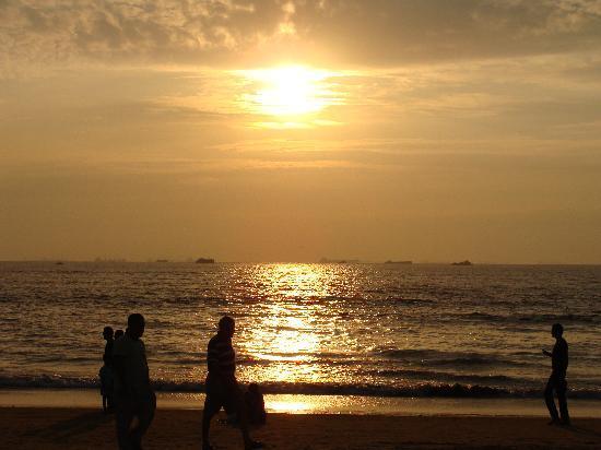 Miramar Residency: a evening on miramer beach