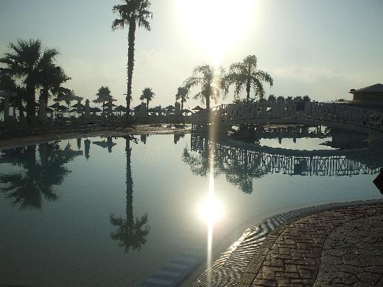 Marlita Beach Hotel Apartments: Marlita beach pool